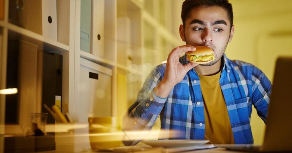 Τελικά εσύ τρως μόνο όταν πεινάς;