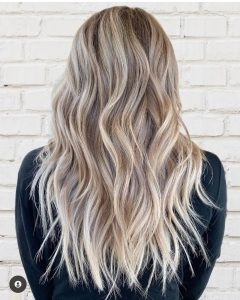 perfect beach waves blonde hair by jasmin at changes