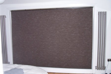 https://i1.wp.com/www.changingcurtains.co.uk/images/pleated/Blackout%20Luxaflex%20duette%20blind%20fitted%20in%20Hampstead,%20North%20London%203.jpg?resize=450,300