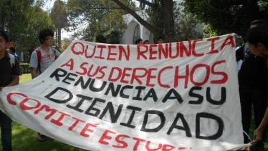 Photo of Estudiantes de la UMSNH marchan por la defensa de la educación pública y gratuita