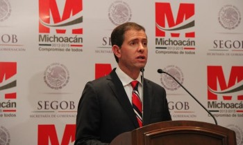 Alfredo Castillo rueda de prensa