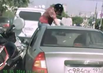 captan zafarrancho entre conductor y motociclistas