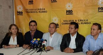 rueda de prensa PRD Jesús Zambrano, Silvano Aureoles, Torres Piña, Pascual Sigala y Cristina Portillo
