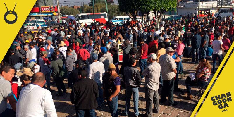 marcha-manifestacion-monumento-Lazaro-Cardenas-Morelia-3