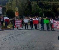 manifestacion-padres-de-familia-Escuela-Primaria-Jesus-Alvarez-Constantino