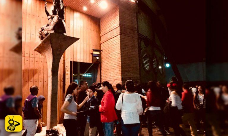 concierto-fila-Palacio-del-Arte