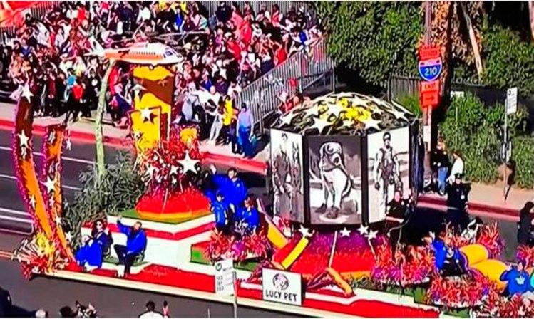 Frida-Desfile-de-las-Rosas