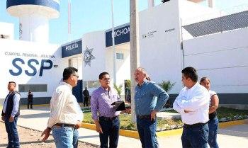 Silvano-Aureoles-supervisa-obra-SSP-Michoacán