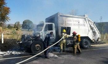 camión-basura-quemado-Zamora