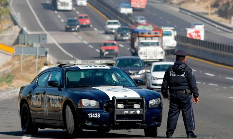 Policia Federal caminos carretera