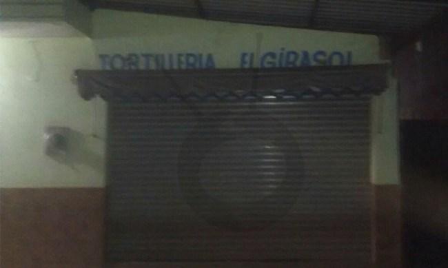 niña cae molino tortillería Peribán