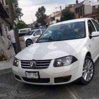 Jetta Blanco robo Morelia Policías