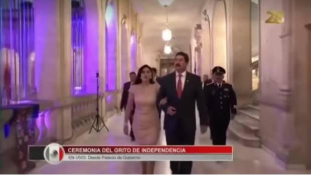 """#Vídeo Técnicos Dejan Micrófono Encendido Y Llaman """"Mamacita"""" A Esposa De Gobernador De Chihuahua"""