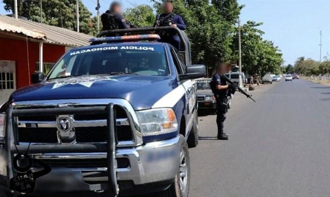 frustran asalto banco Coeneo Michoacán