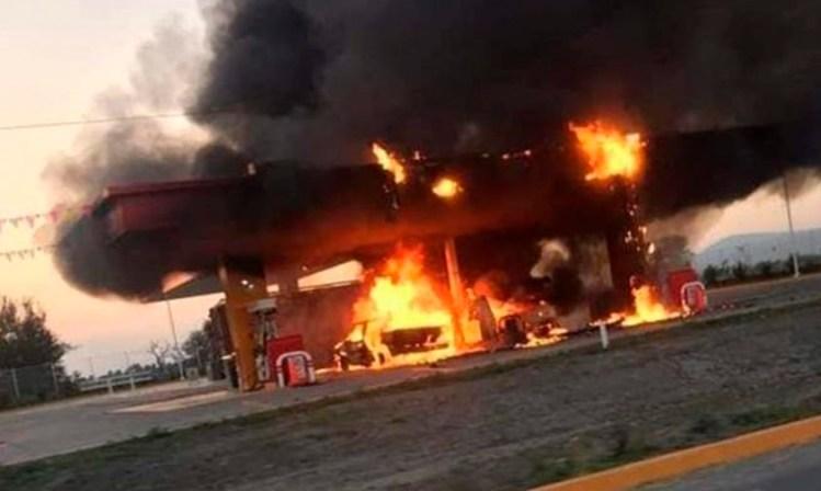 incendio gasolinera Jalisco