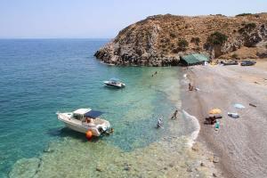 menies_crete