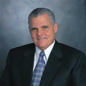 Joe Tucci EMC CEO 300
