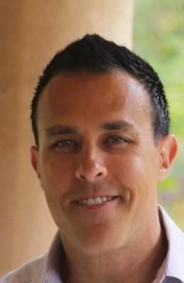 Robert Yelenich