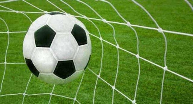 Football Legends Beat Iraq Team In Basra