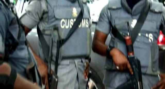 Man Killed As Customs Officials Raid Ogun Community