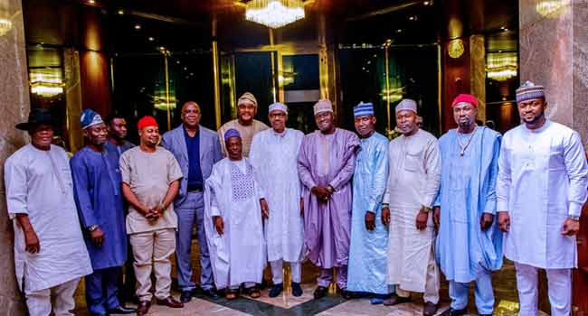 12 candidates - See What Buhari Said After 12 Presidential Candidates Declared Their Support For Him With Less Than 48 Hours To The Presidential Election(Photo)