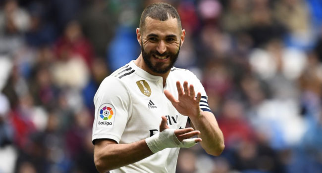 Benzema Scores Twice To Give Madrid Win Over Eibar