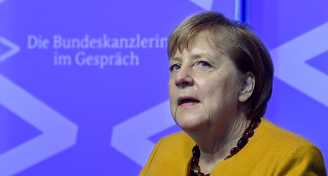 """German Chancellor Angela Merkel takes part in a """"Citizen Dialogue"""" (Buergerdialog) held digitally as part of a series called """"The Chancellor in conversation"""" on November 12, 2020 at the Chancellery in Berlin. John MACDOUGALL / AFP / POOL"""