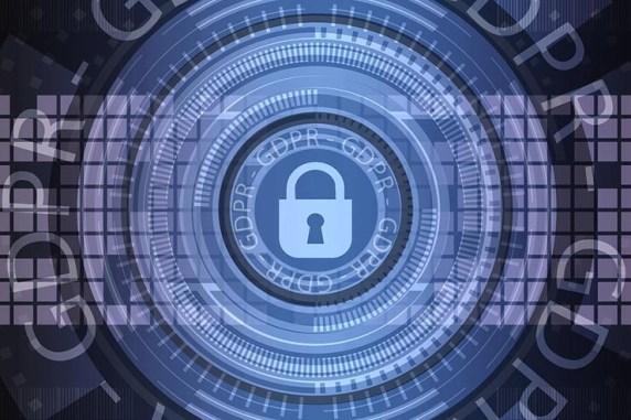 Professionisti IT preoccupati per la sicurezza in azienda meno per quella personale