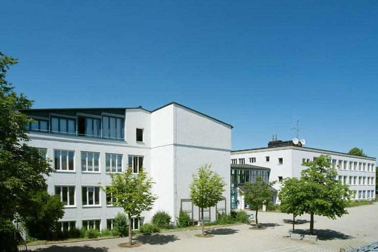 Rosenberger OSI firma il cablaggio di scuole a Dachau