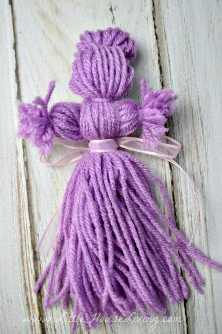 Petites poupées de laine