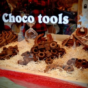 aus Schokolade