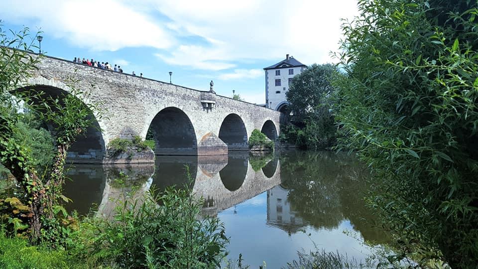 Brücke am Lahn-Camino in Limburg