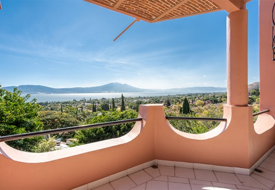 Home For Sale-Vistas de Oro House-Rancho Del Oro