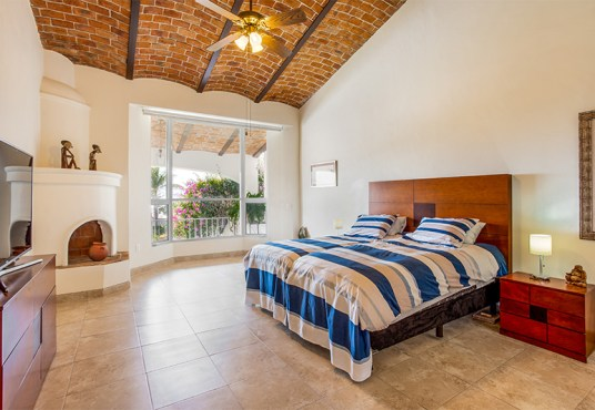 HOME FOR SALE IN JOCOTEPEC