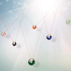 New colours! Malachite, Cornelian, Lapis Lazuli, Chrysoprase. - photo: Eric Degrange © Cartier -