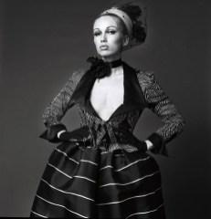 Retour de Paris Max Heymans Couture photo by Venus Veldhoen