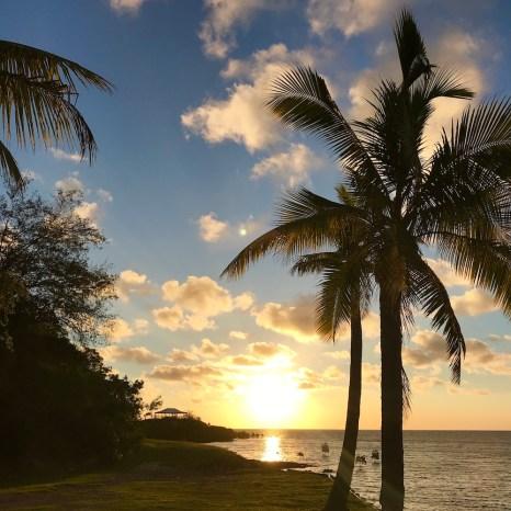 fiji mamanuca islands sunset