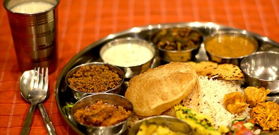 RD4 - Rajdhani Delights: Authentic Thaalis and More