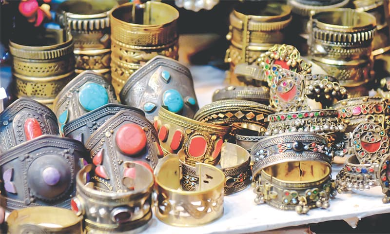 zainab market 4 - Zainab Market: Searching for Gold