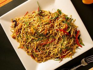 chowmein e1555403569940 - Zaan Pan Asian: New Kid on the Block