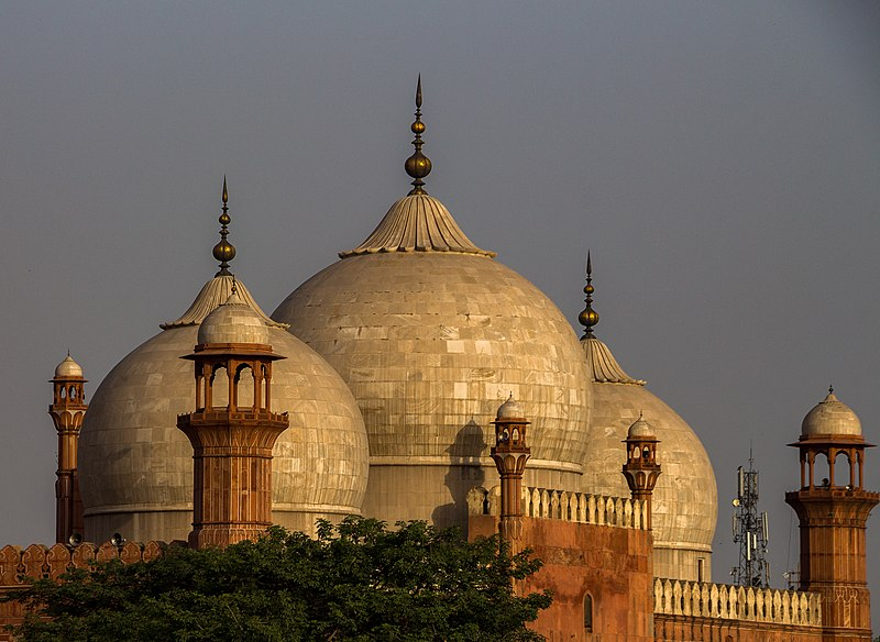 feature - This Weekend in Lahore: Learning and Yearning