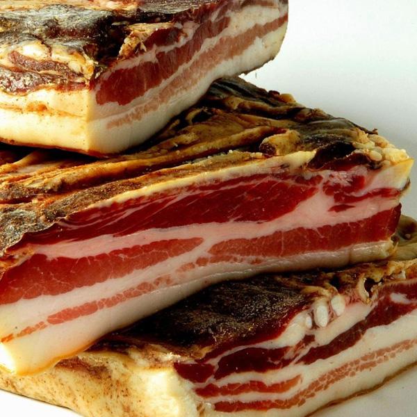 gedroogde vleeswaren pancetta tesa
