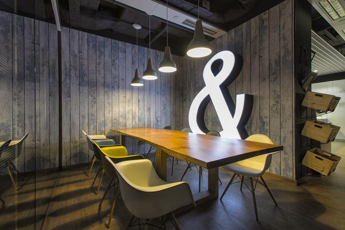 EY Warsaw By Massive Design