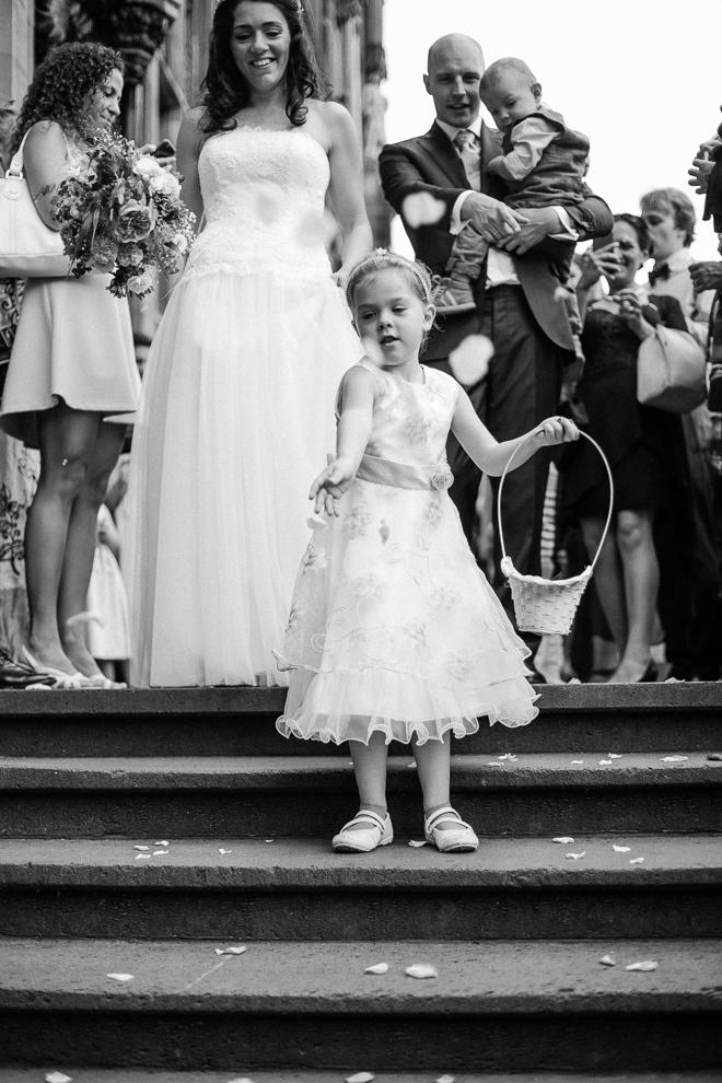 Hochzeitsreportage-Aachen-Hochzeitsfotograf-Aachen-Weisser_Saal-Eskapaden-Houda_Martin0057