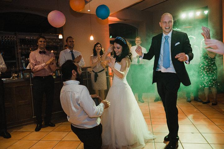 Hochzeitsreportage-Aachen-Hochzeitsfotograf-Aachen-Weisser_Saal-Eskapaden-Houda_Martin0190