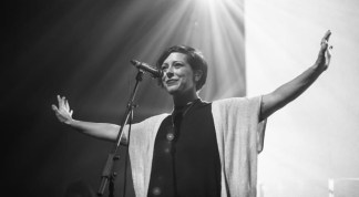 Bethel Worship Leader Kalley Heiligenthal Shares How God is Healing her After the Death of her 2-Year-Old Daughter