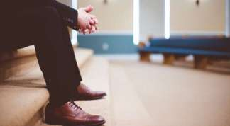 Here Are 10 Ways to Stay Safe If You're Returning to Church