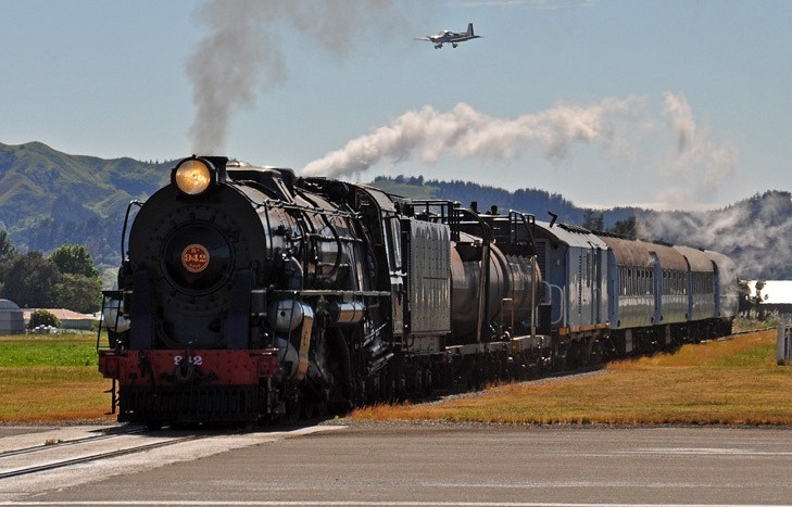 Gisborne Airport Railway Line Intersecting the Runway in New zealand 6