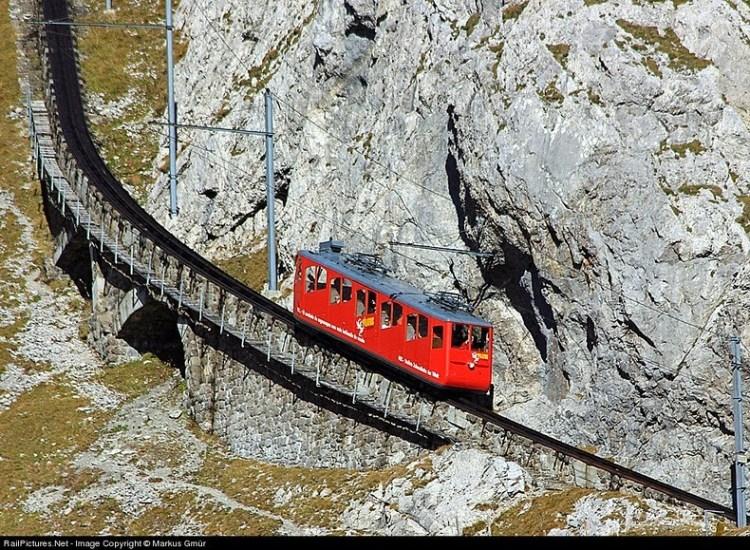 pilatus-cogwheel-railway-8[6]