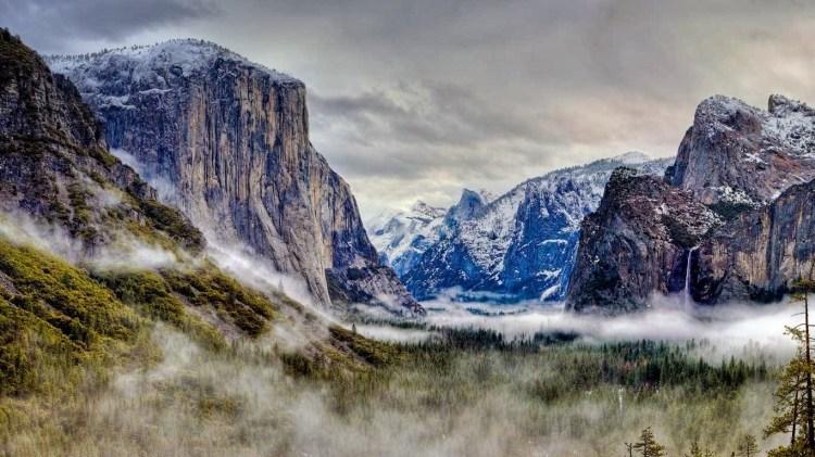 Tunnel_View_Yosemite_National_Park_California_20121201
